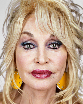 Dolly Parton, from the series »Close Up« by Martin Schoeller