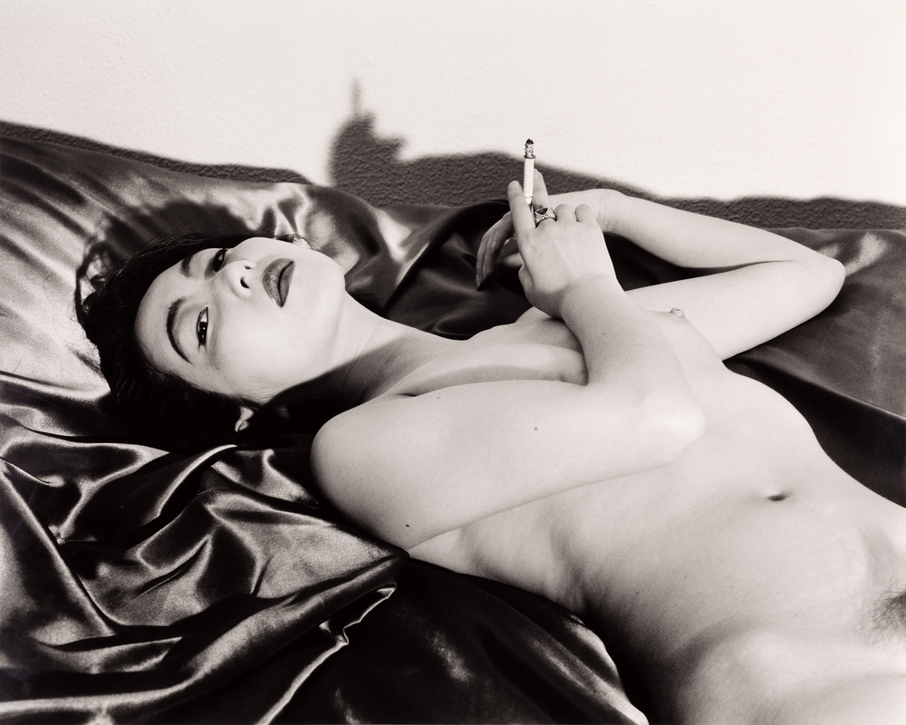Untitled (Smoking nude) print by Nobuyoshi Araki – OstLicht