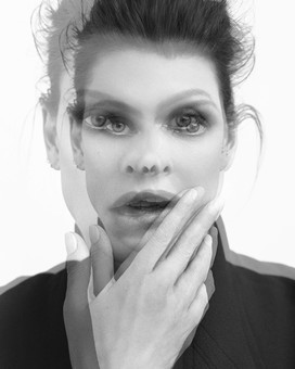 Linda Evangelista, New York, 2015 – print by Bryan Adams – OstLicht