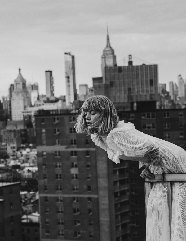 Lou in New York III by Elizaveta Porodina